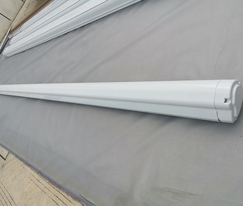 A10房车遮雨篷